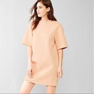 Gap Scuba dress NWOT Cantaloupe Stunning! Modern!